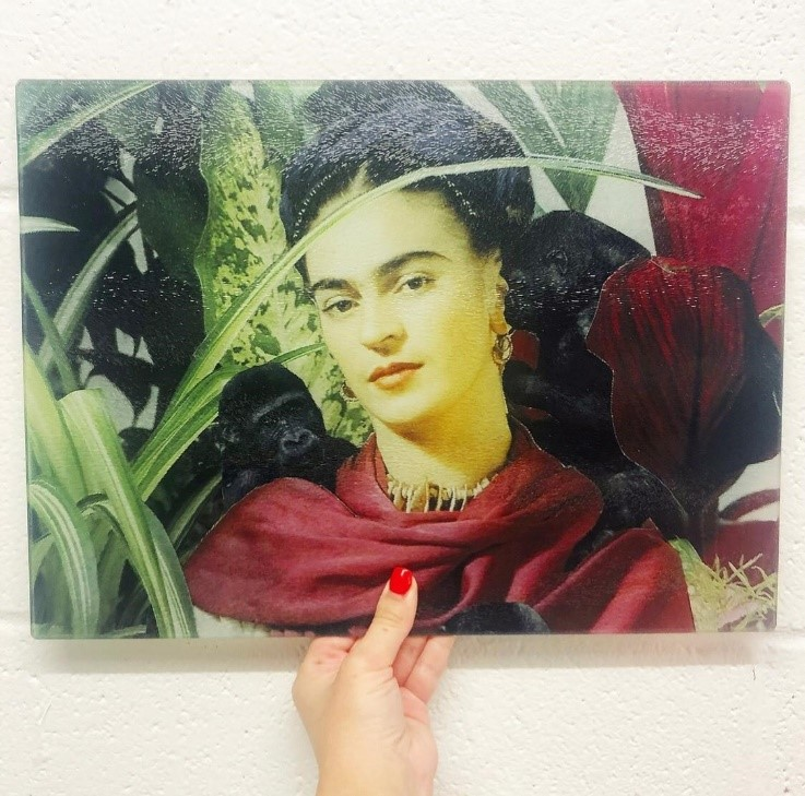 Frida - unusual chopping board